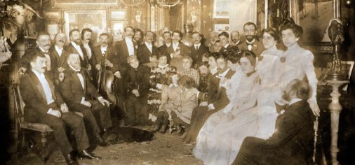 """D. 19/3 – 13.00 h / Inauguración """"Evaristo Valle en familia"""""""