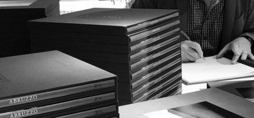 Encuentro, entrevista y firma de libros con Michael Kenna