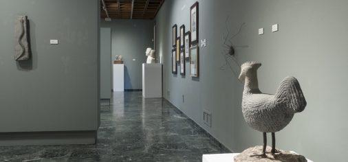 """D. 29 sept // Clausura de las exposiciones """"Piedra. Jonás Pérez / Eduardo Arroyo"""" y """"Gabinete de curiosidades"""""""